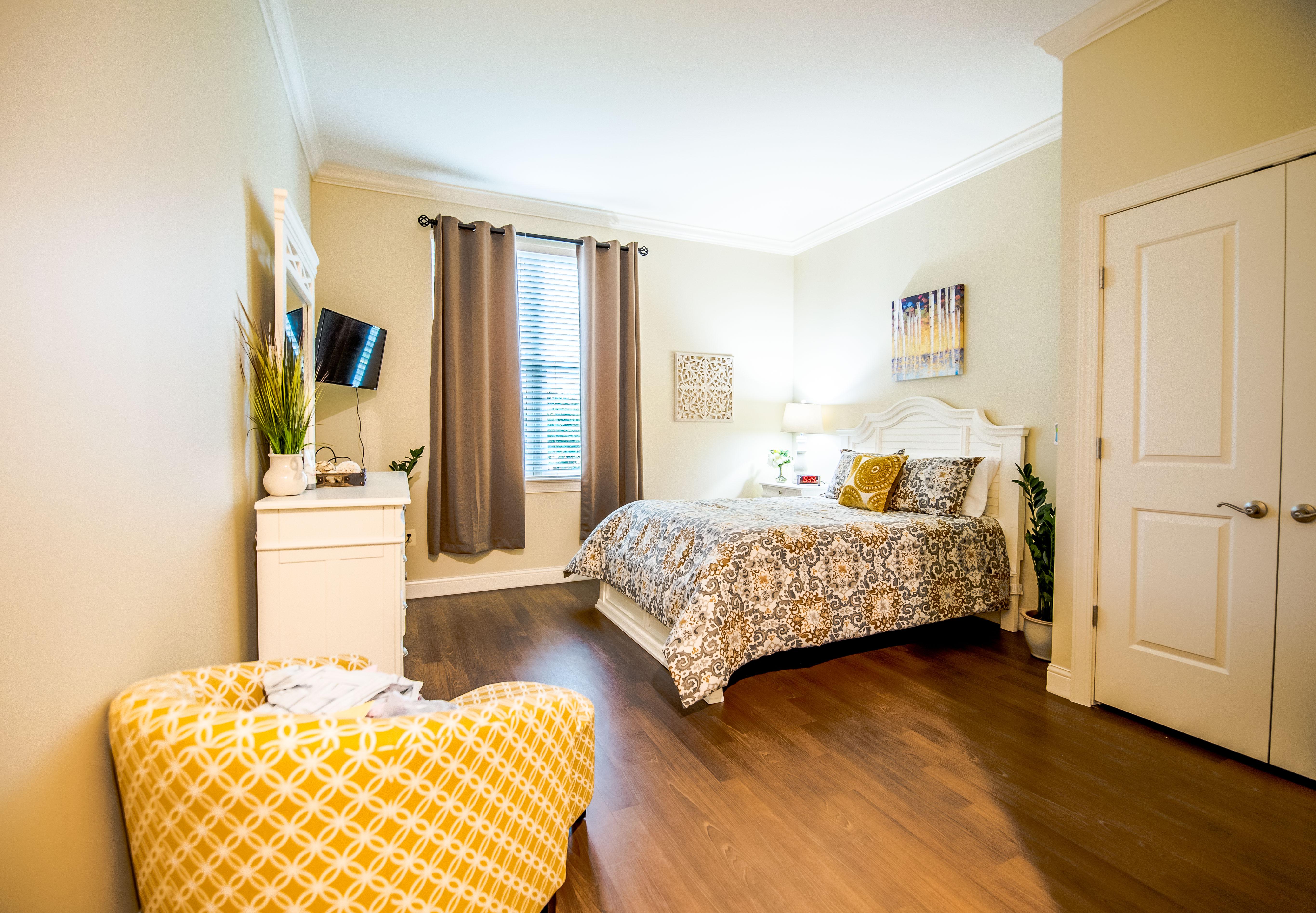 arbor-terrace-fairfax-bedroom-2