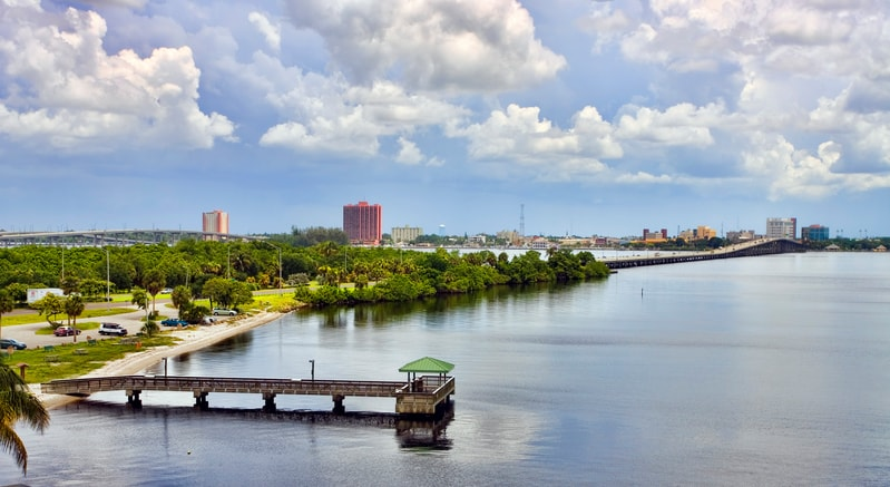 overlooking-downtown-fort-myers.jpg
