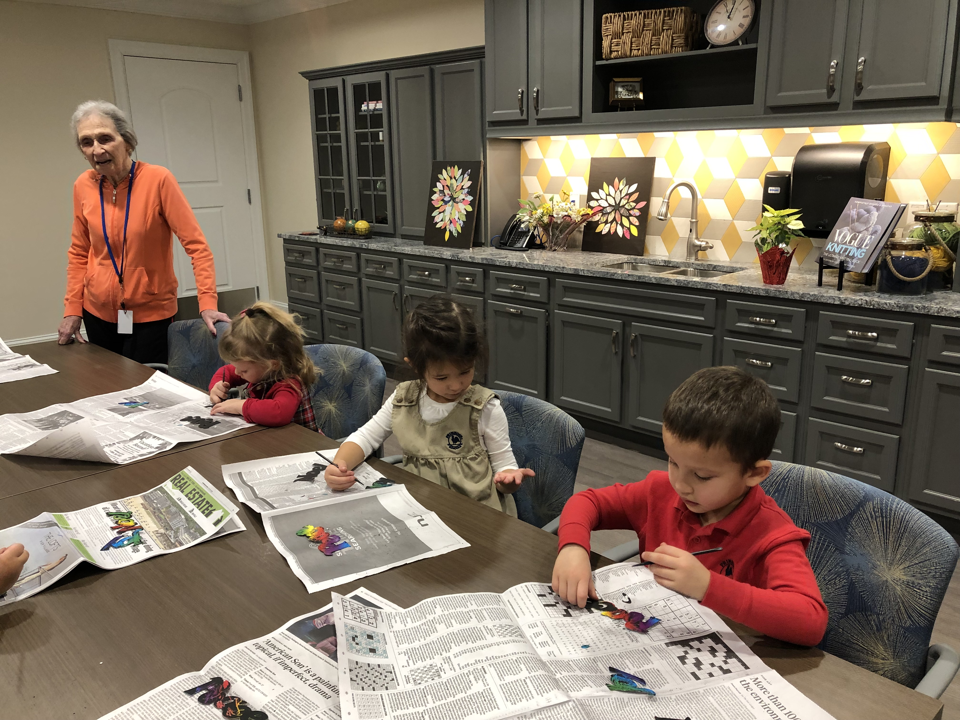 arts-and-crafts-grandkids-mountainside