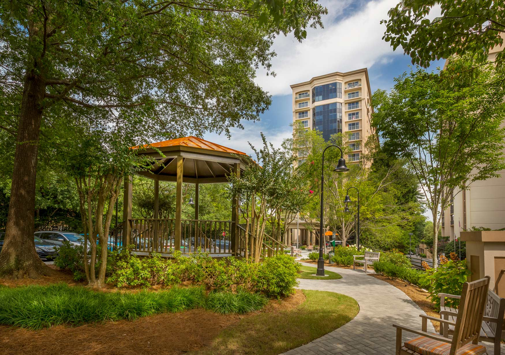 renaissance-on-peachtree-lush-outdoor-spaces