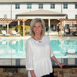 Arbor Terrace Peachtree City Staff - Nan Lester